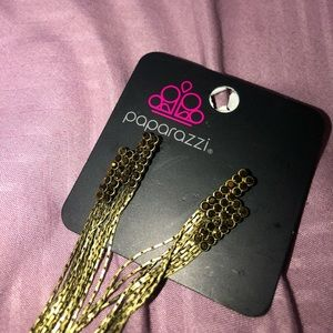 paparazzi Jewelry - Gold EarringsNWT‼️BOGO‼️